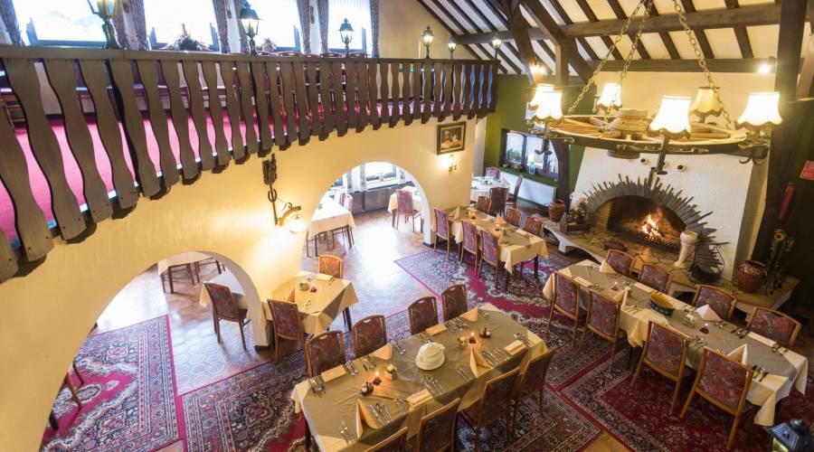 hotel burghof burg reuland 22 c d.ketz eastbelgium.com