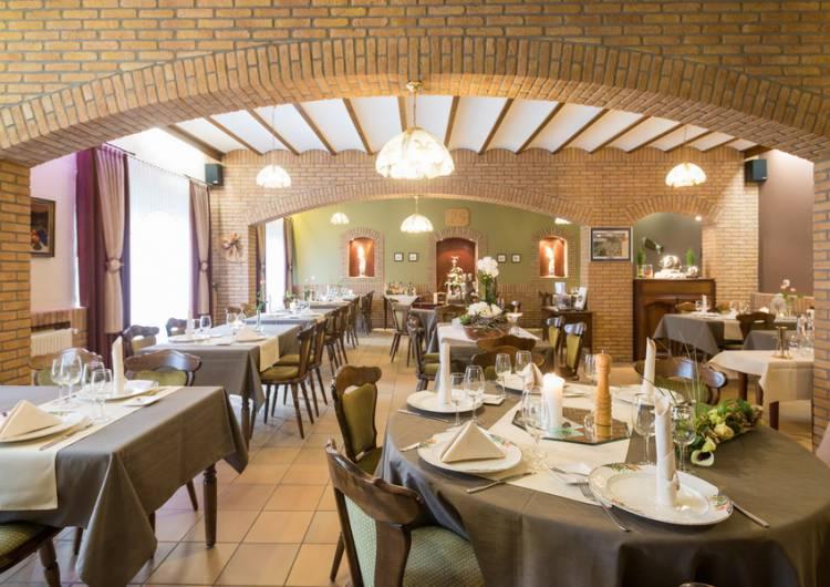 hotel dreilaenderblick 06 c d ketz eastbelgium.com