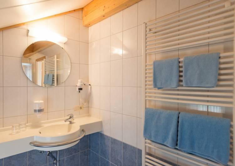 hotel burghof burg reuland 11 c d.ketz eastbelgium.com