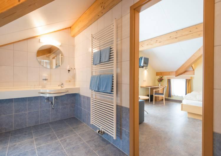 hotel burghof burg reuland 10 c d.ketz eastbelgium.com