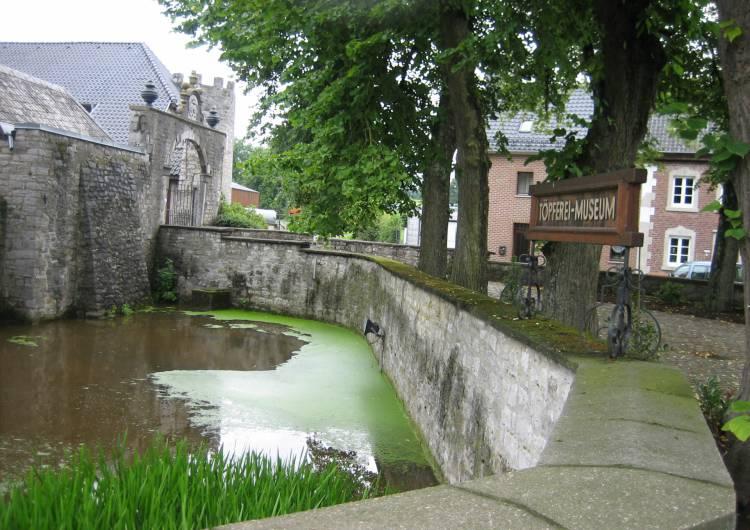 raeren burg 17 c eastbelgium.com