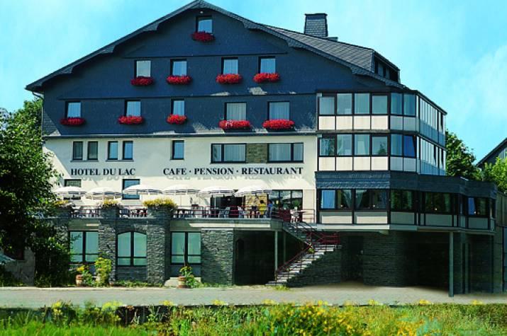 hotel du lac 01