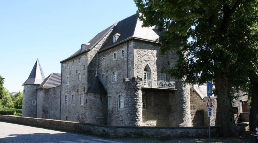raeren burg 18 c eastbelgium.com
