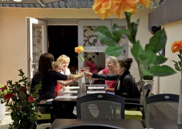 restaurant bruels 03 01 b766d05ade
