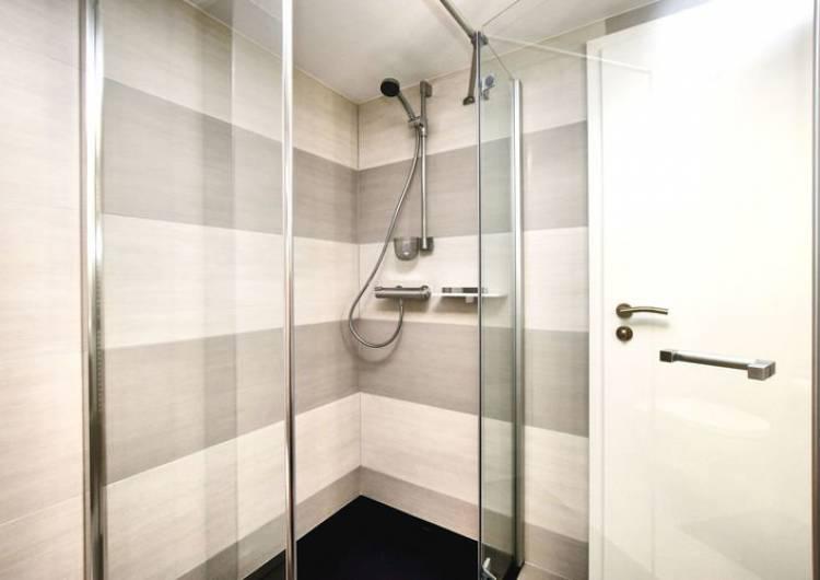 1.1.8 beneden badkamer