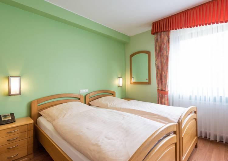 hotel zum burghof 23 c d ketz eastbelgium.com