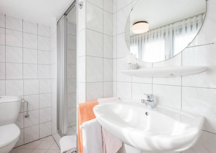 hotel zum burghof 32 c d ketz eastbelgium.com