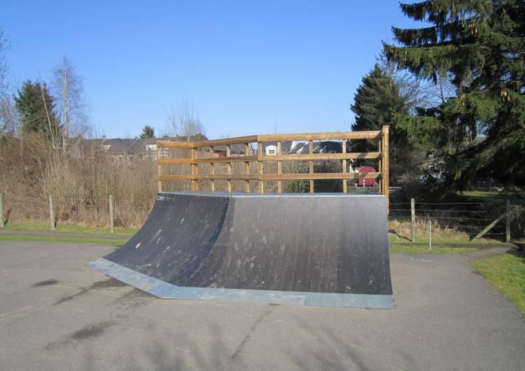 raeren jugendheim skaterbahn 05 c gemeinde raeren