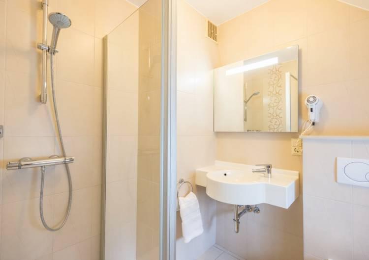 hotel steineweiher 18 c d.ketz eastbelgium.com