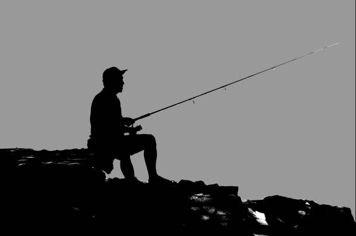 fisherman 1439699 c pixabay
