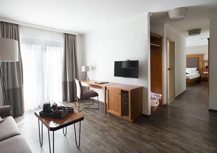 suite15
