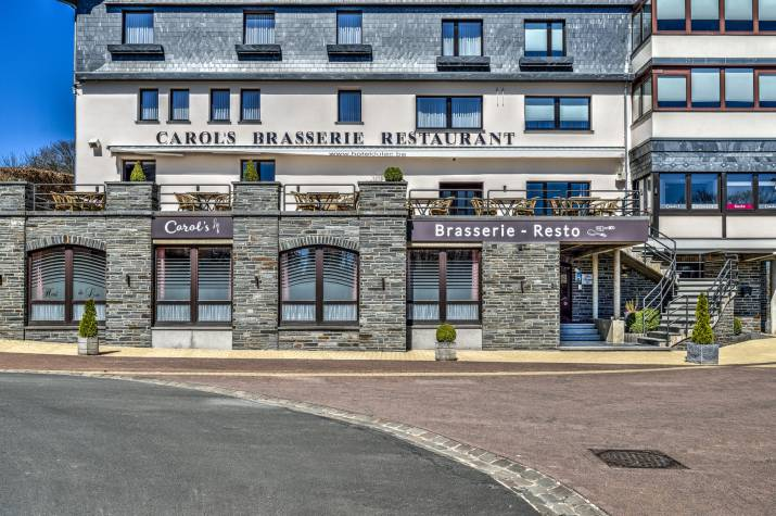 hotel du lac facade 01 2