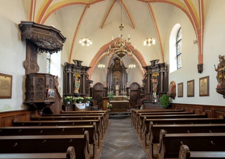 wirtzfeld kirche innen dsf3434 2