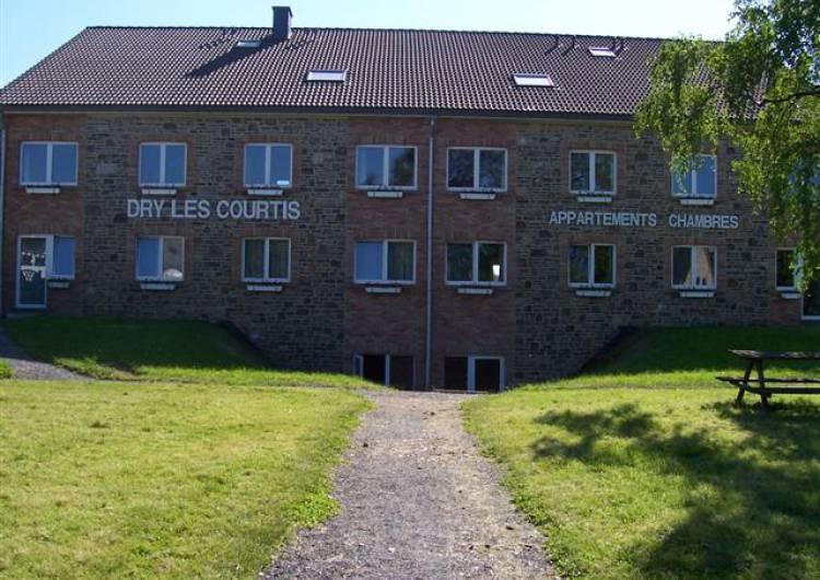 robertville hotel appart hotel dry les courtis 01 c dry les courtis