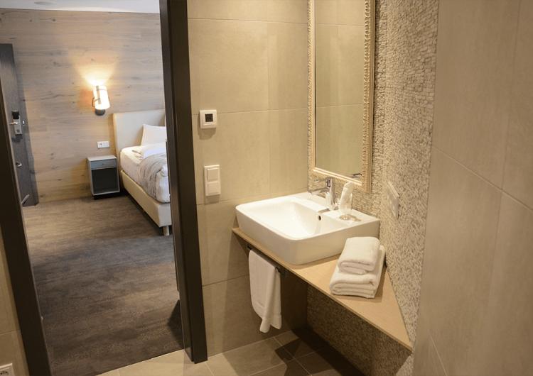 7 einzelzimmer bad